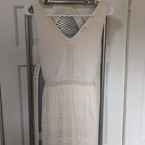 Montevideo lace dress with peekaboo skirt